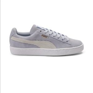 PUMA LIGHT BLUE SUEDE WOMEN SHOE💗💕